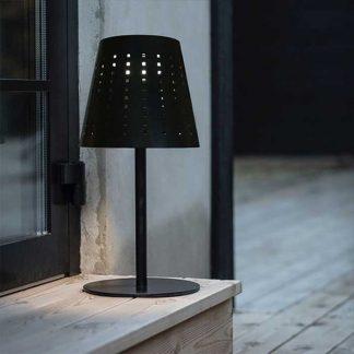 Alvar bordslampa svart